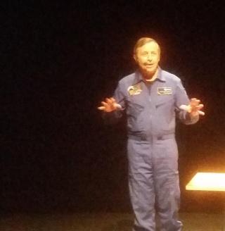 [Conférence] 7 mars 2015 - Aller dans l'espace par l'astronaute Michel Tognini à Montreuil (93) 20150311
