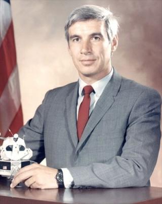 Disparition de l'astronaute (unflown) John Llewellyn (1933 - 2013) Llewel11