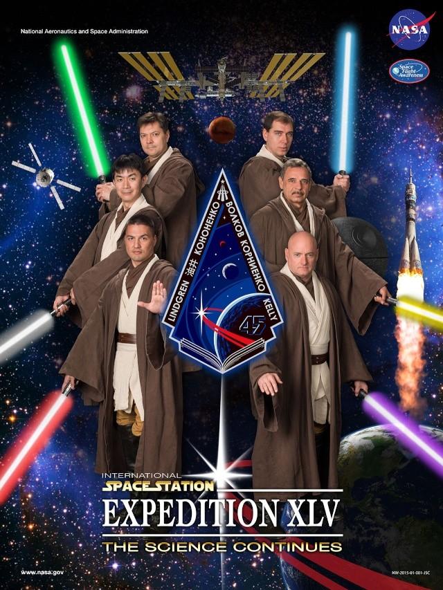 18 décembre 2014 : Présentation de l'équipage qui restera un an dans l'ISS à Paris News-010