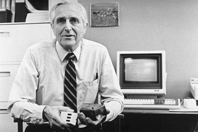 Disparition de Douglas Engelbart (1925 - 2013) Pictur10
