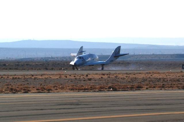 25 juillet 2013 - Vol libre non motorisé de SpaceShipTwo Scaled10