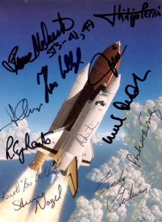 La joie d'une collection d'autographes Space_11