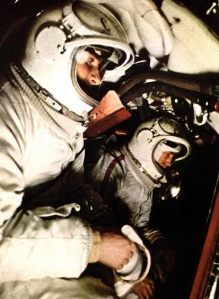 Voskhod 2 - La mission - Rares Documents, Photos, et autres ... Voskho10