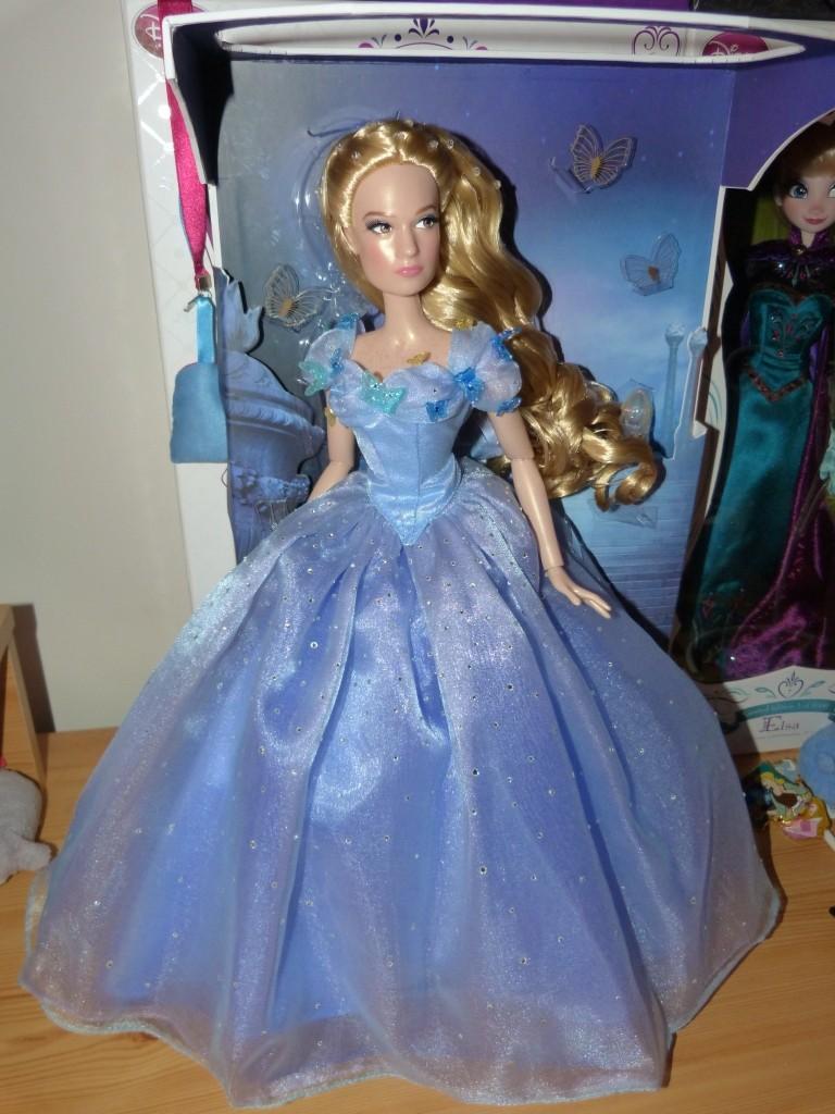 Disney Store Poupées Limited Edition 17'' (depuis 2009) P1360414