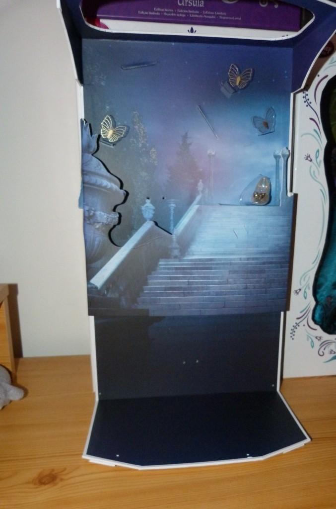 Disney Store Poupées Limited Edition 17'' (depuis 2009) - Page 39 P1360416