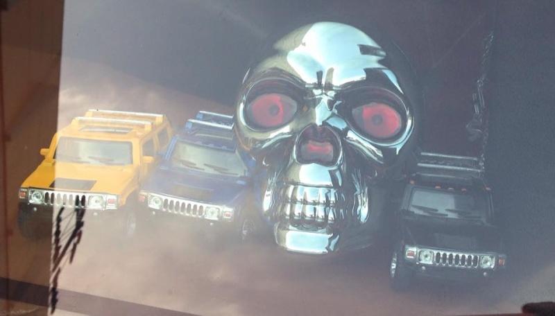 Arrivage de têtes de mort pour votre Hummer 11054310