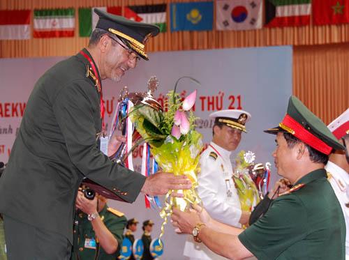 Giải Taekwondo quân sự thế giới lần thứ 21 11570110