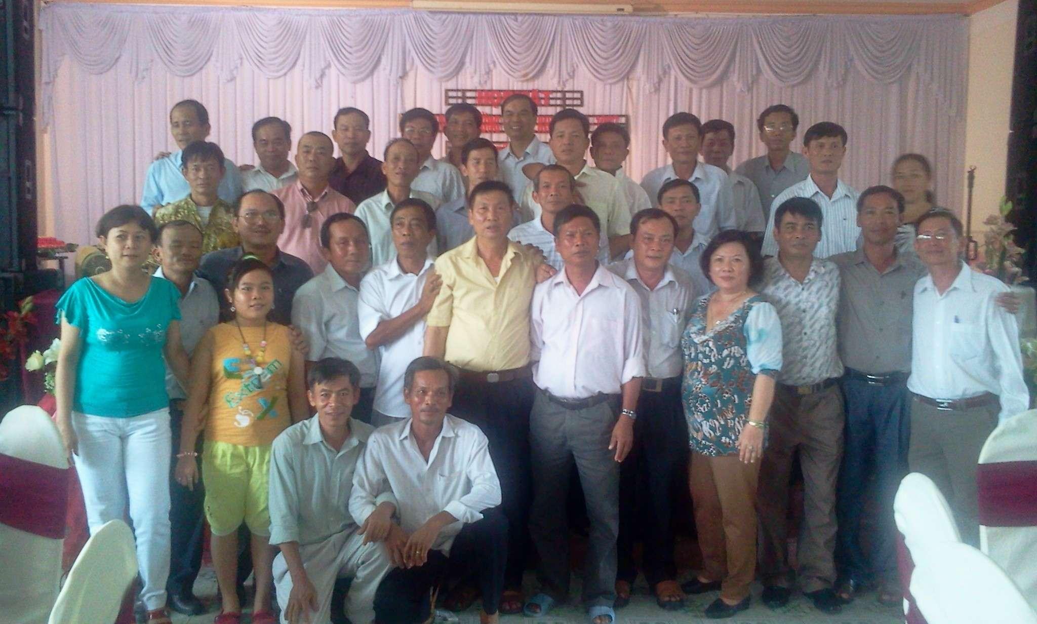 Chia sẻ hình ảnh buổi gặp mặt của cựu học viên khóa VII năm 2012 2012-010