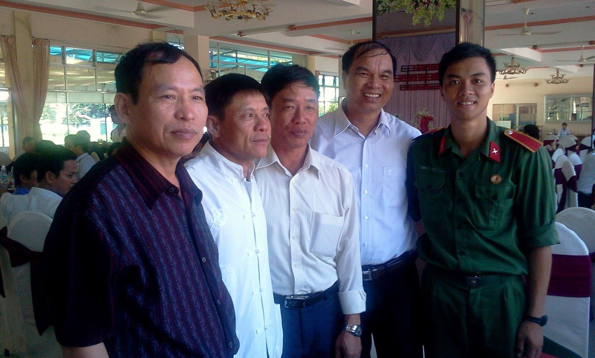 Hình ảnh cựu HV khóa 7 họp mặt kỷ niệm 25 năm tốt nghiệp SQLQ2 2012-029