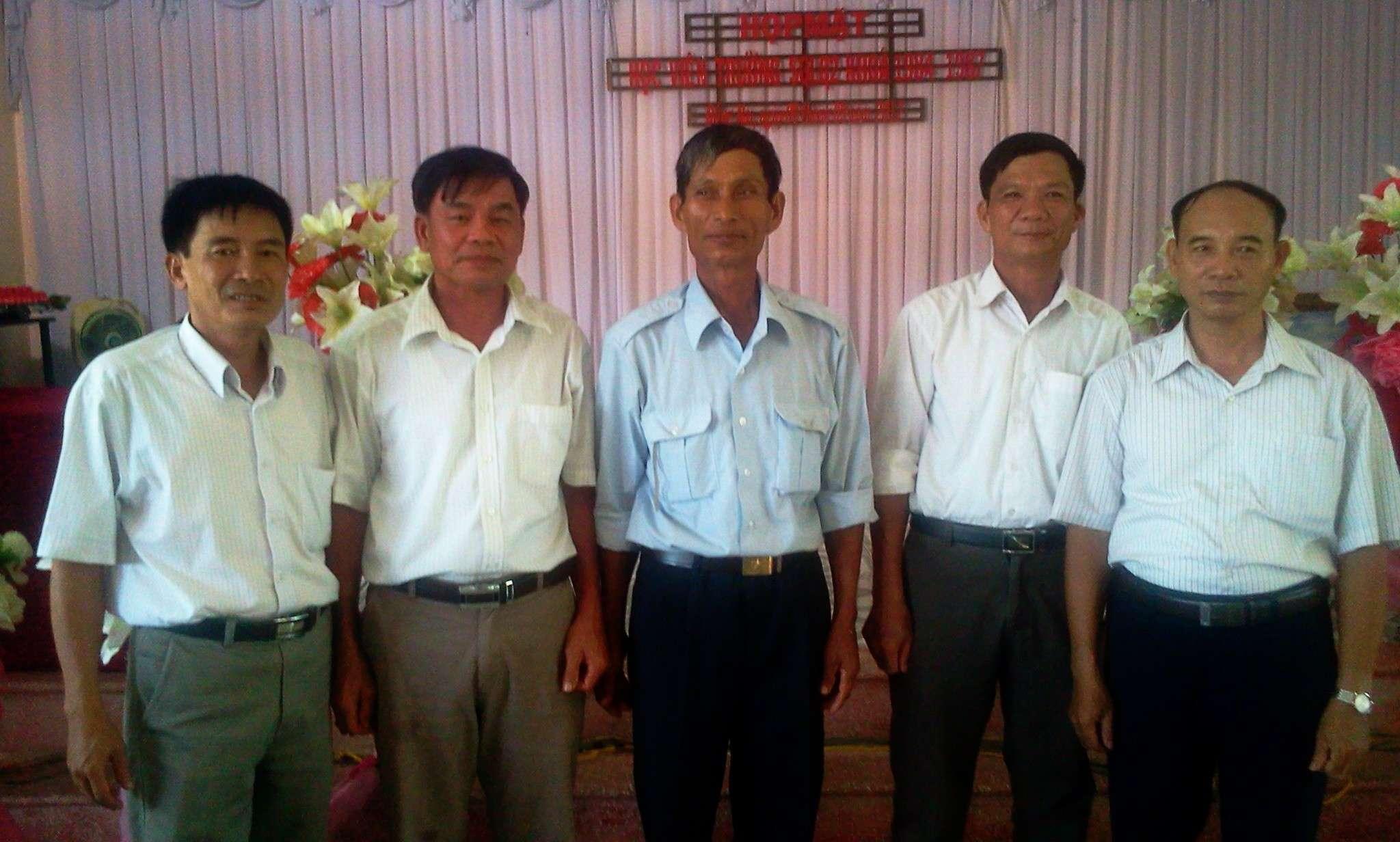 Hình ảnh cựu HV khóa 7 họp mặt kỷ niệm 25 năm tốt nghiệp SQLQ2 2012-030
