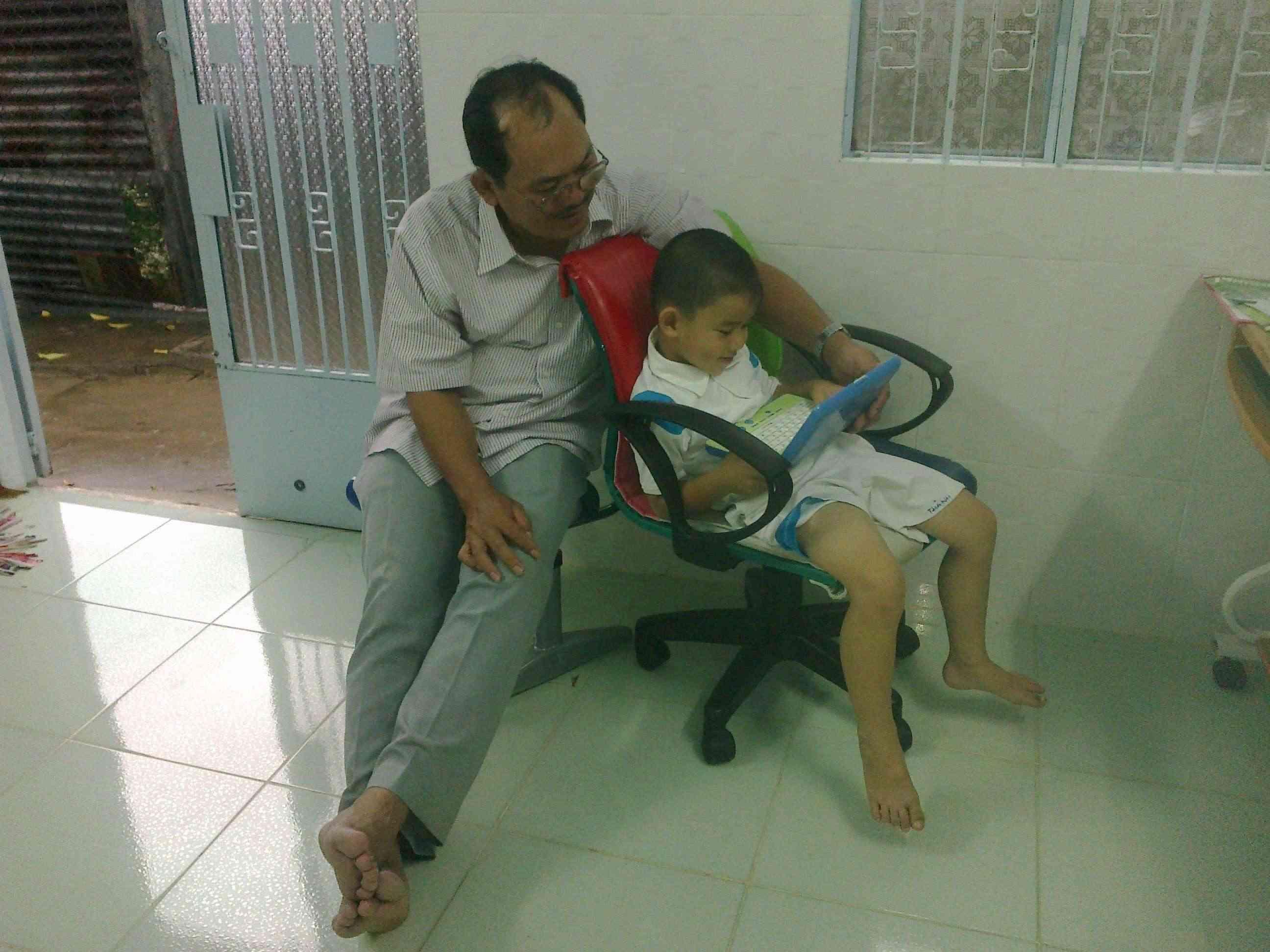 Thái đui vi hành Tây Ninh 26092010