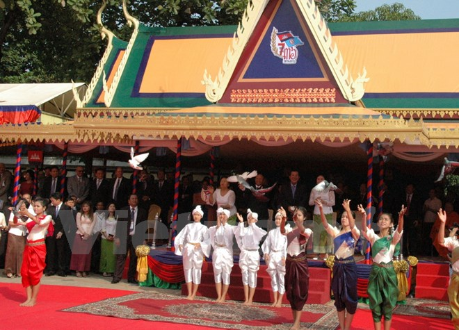 Tình hình Campuchia - Page 4 Vnp_0710
