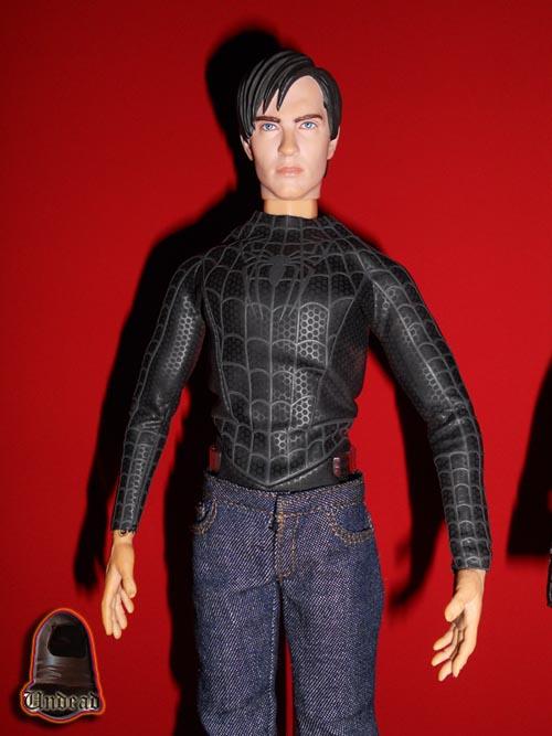 HOT TOYS Spider-Man (black suit+sandman diorama ) Sp1310