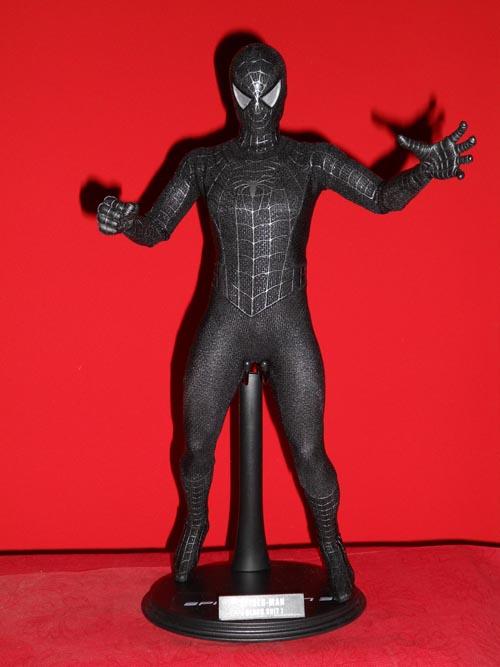 HOT TOYS Spider-Man (black suit+sandman diorama ) Sp3a10
