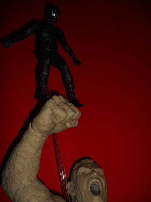 HOT TOYS Spider-Man (black suit+sandman diorama ) Sp510