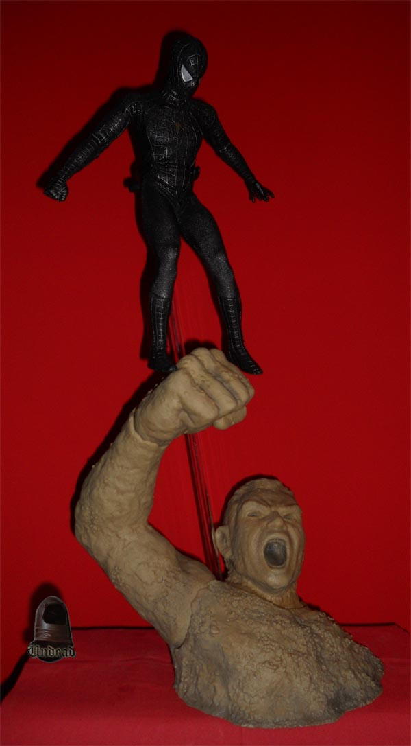 HOT TOYS Spider-Man (black suit+sandman diorama ) Sp610