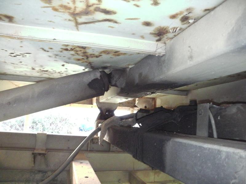 Futur job:monter une benne alu de J5 sur un tp3 Imga0910