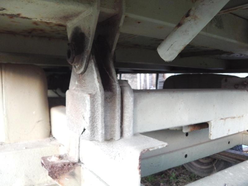 Futur job:monter une benne alu de J5 sur un tp3 Imga0911