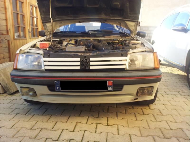 [Alain 13]  205 GTI 1L9 - 1900 - Blanc Meije - 1988 205_gt11