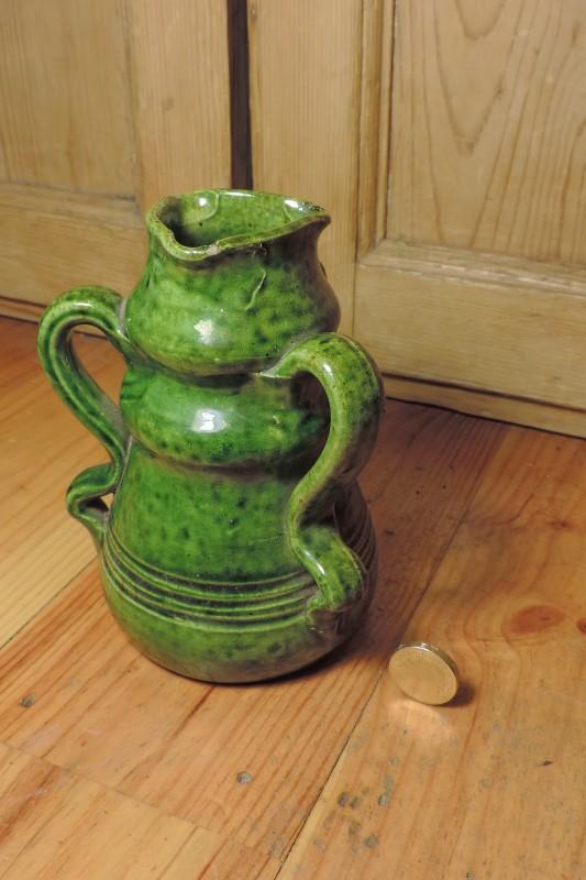Green glazed pots - Belgium Art Pottery (not Farnham) - Page 2 Dscn4126