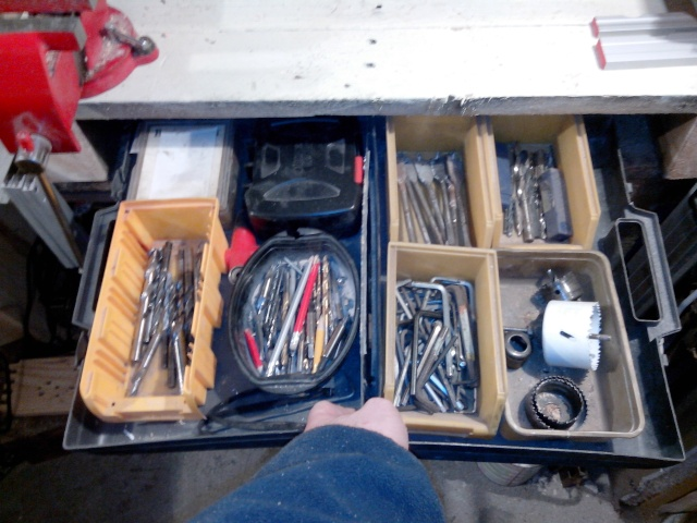 Mon tout mini atelier bois Img_2093