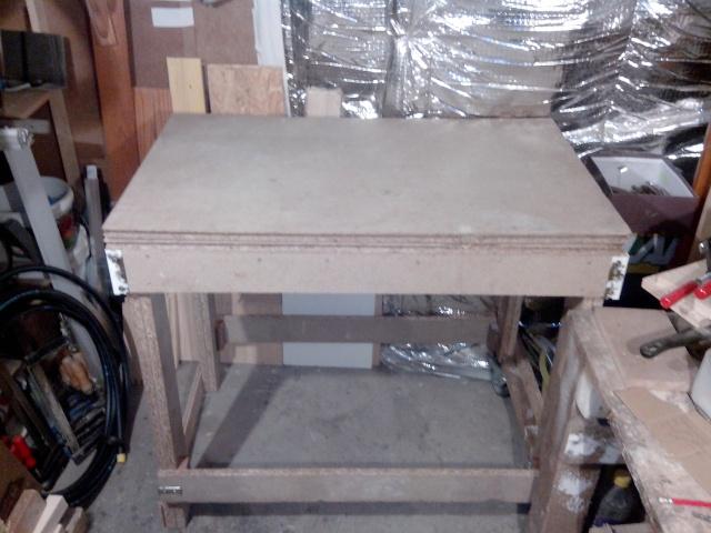 ma table de défonceuse (à petit prix !) Img_2094