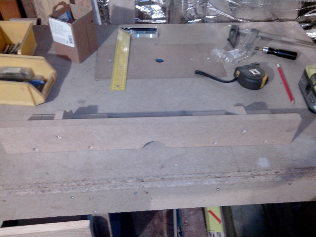 ma table de défonceuse (à petit prix !) Img_2099
