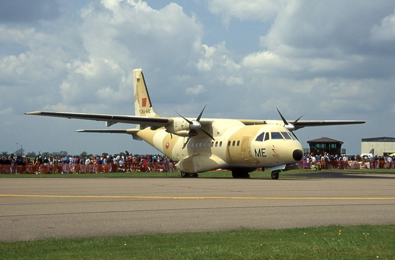 FRA: Photos d'avions de transport - Page 21 15806310