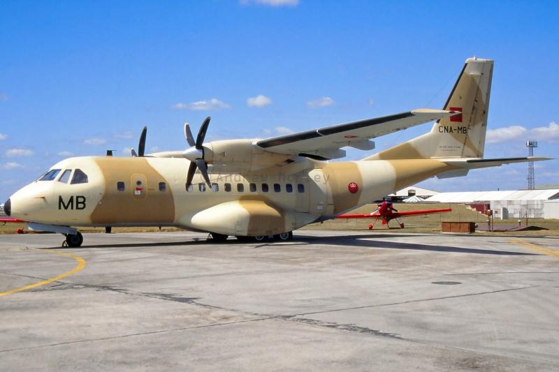FRA: Photos d'avions de transport - Page 21 16254410