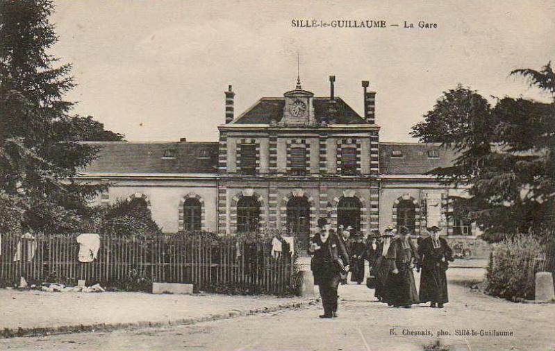 Gare de Sillé-le-Guillaume (PK 246,4) S210