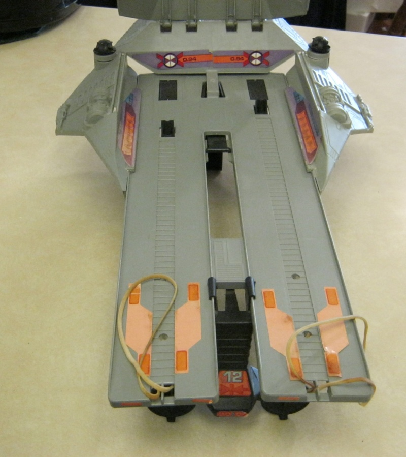 Does anyone else collect vintage Battlestar Galactica? - Page 3 Img_0044