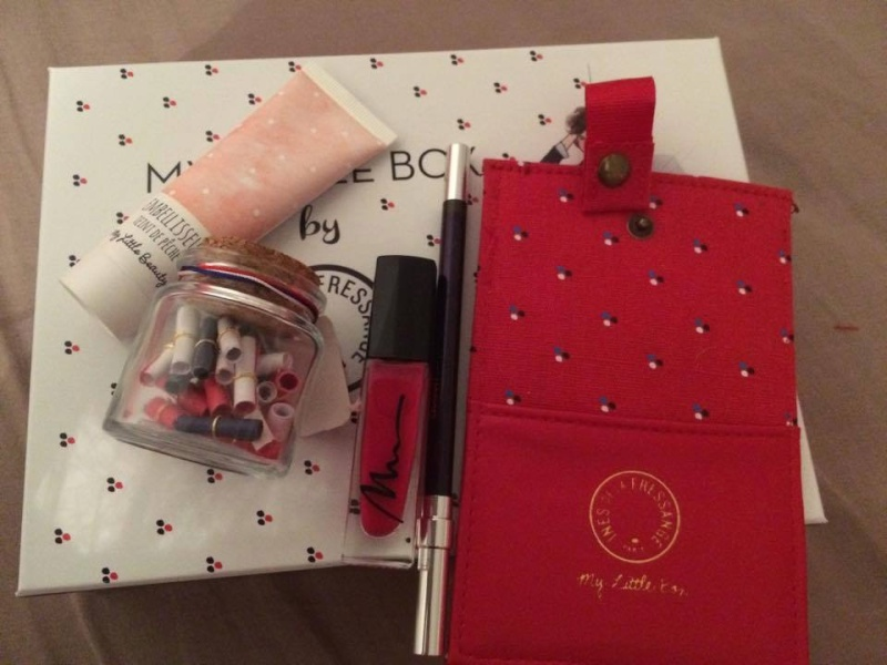"[Fevrier 2015] My Little Box ""By Ines de la Fressange"" - Page 3 14846310"