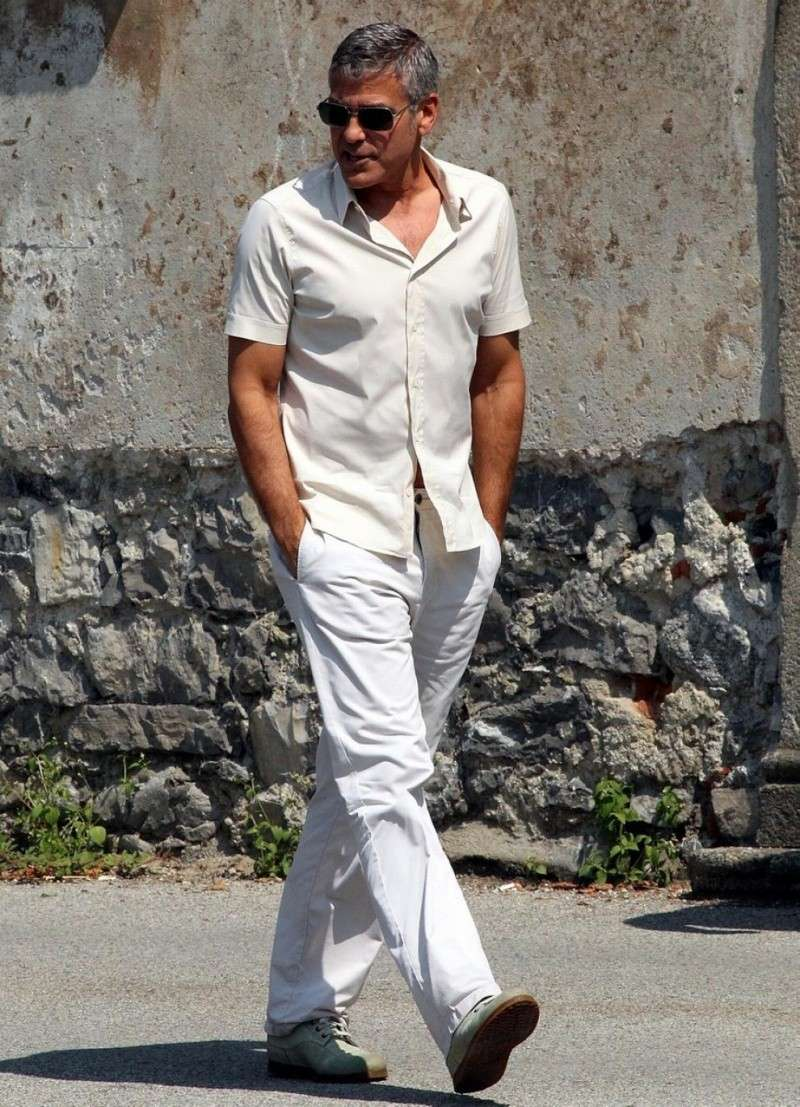 George Clooney Seen Smiling After Stacy Keibler Split--Just Jared - Page 2 00310