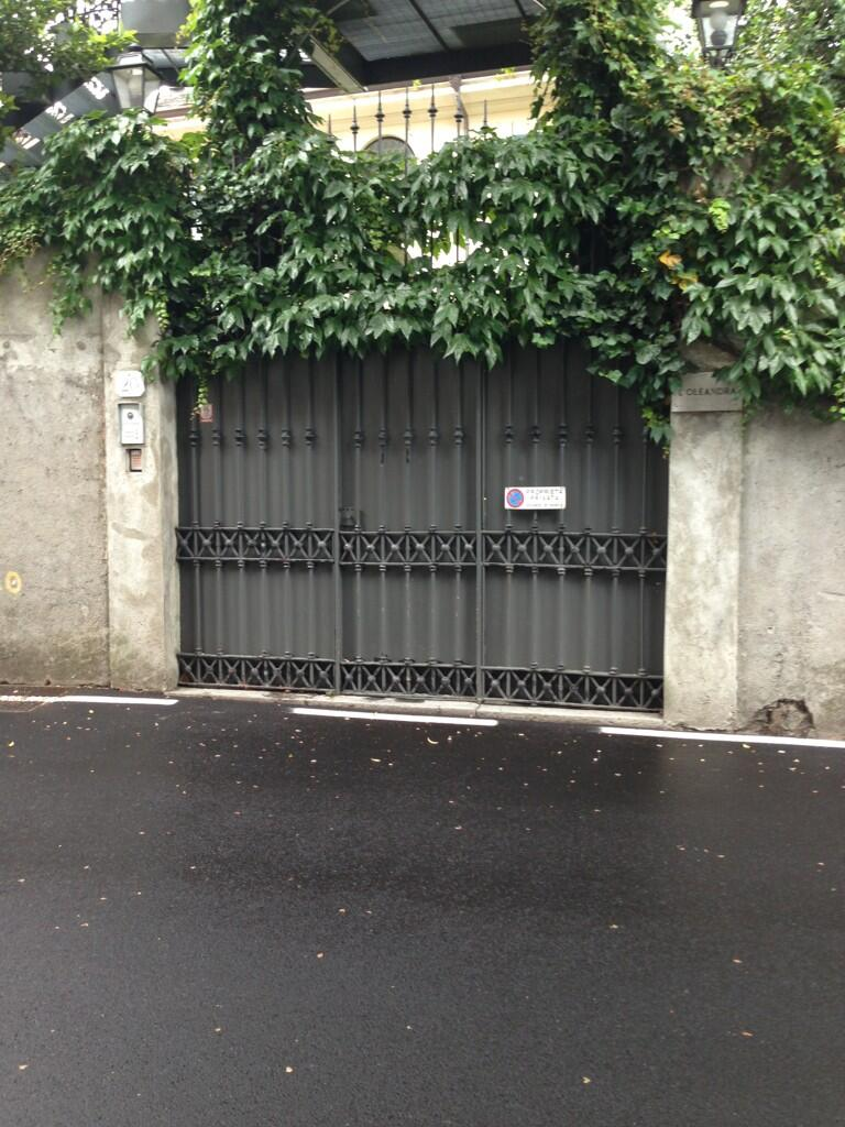 George Clooney's House in Lake Como, Milan, Italy - Page 4 Bn9jcz10