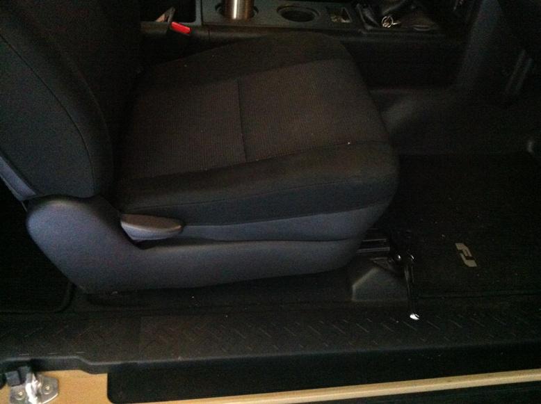 Trail-Gear 2012 FJ Build - PRP Seats S111