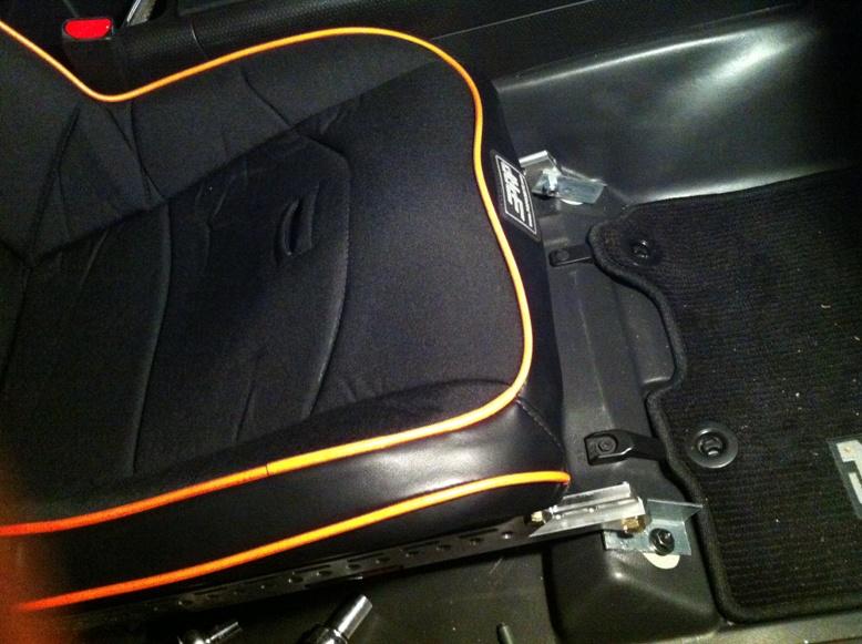 Trail-Gear 2012 FJ Build - PRP Seats S1210