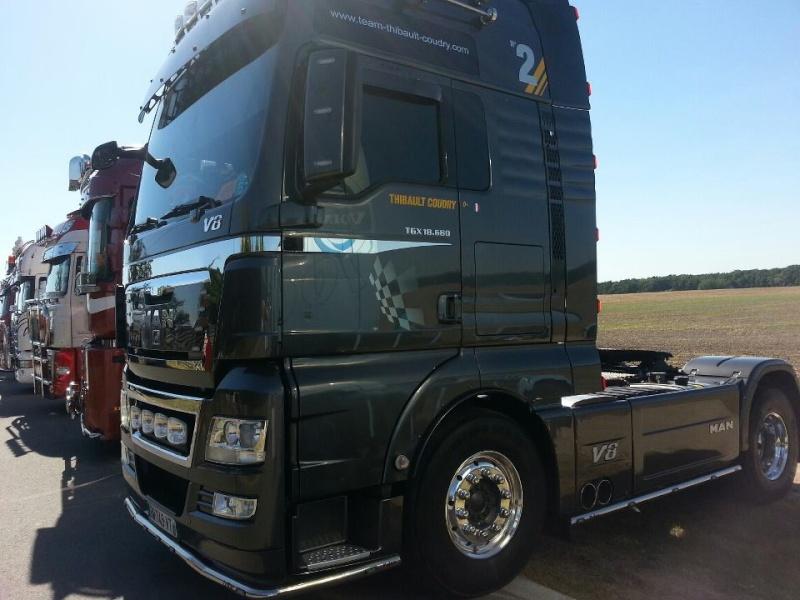 camions decorés  25345610