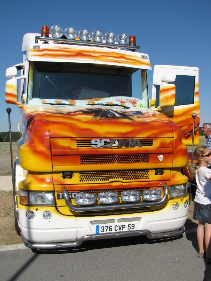 camions decorés  26294710