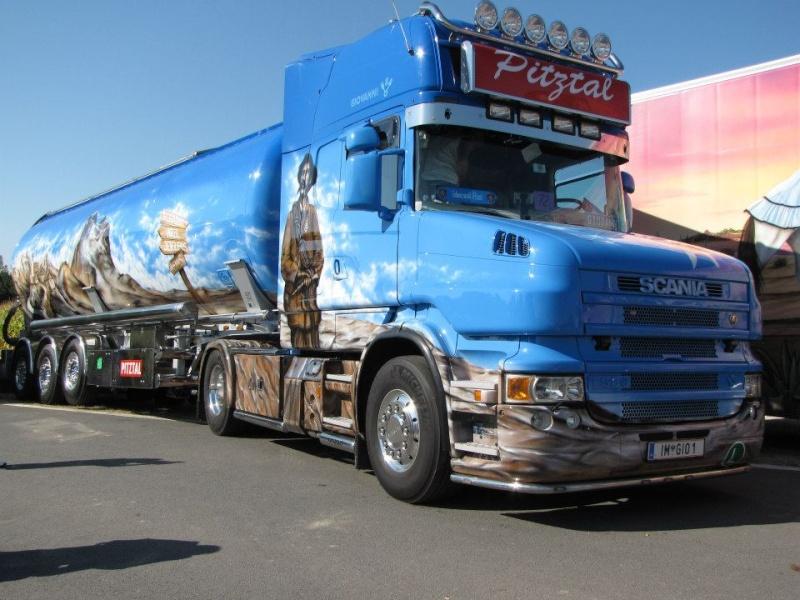 camions decorés  30452110