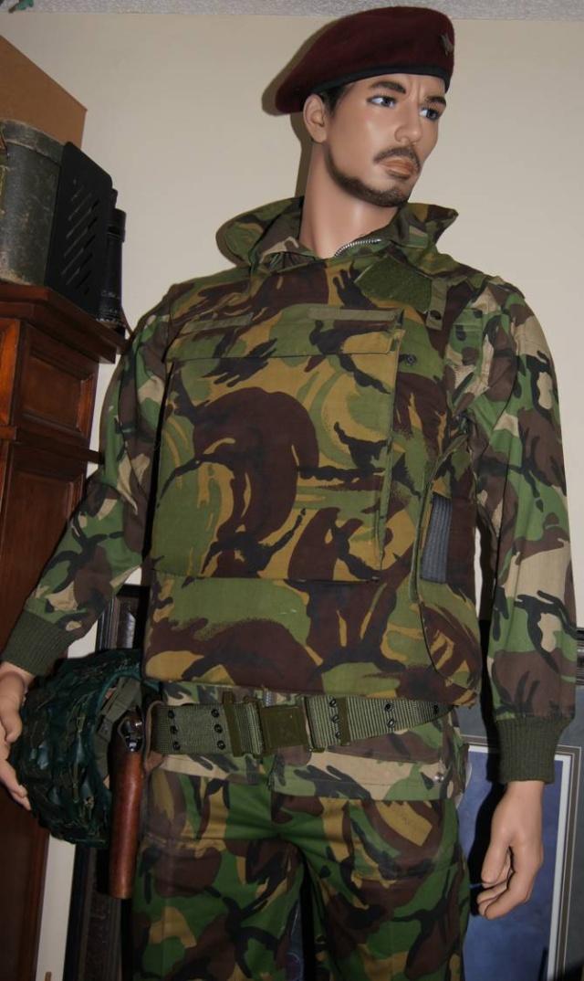 Iraqi Displays  P2201210