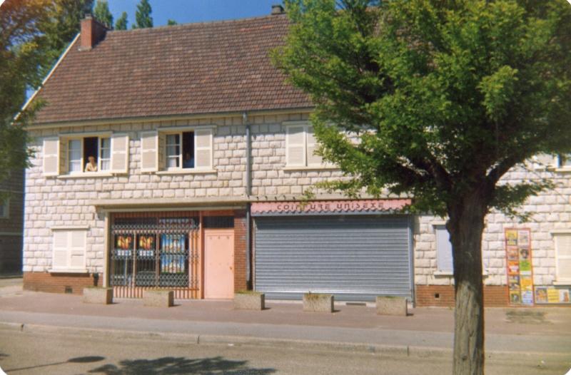 les magasins FAMILISTERE Le_neu10