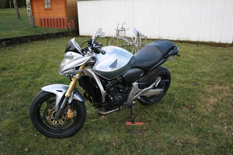[VENDU] Hornet 600 2009 3100 € Hornet22