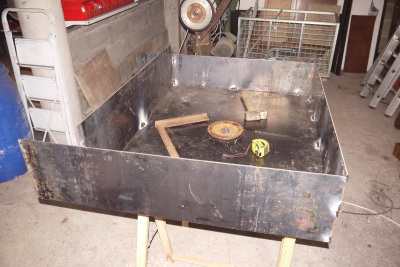 [Construction] Ma forge à charbon P1040426