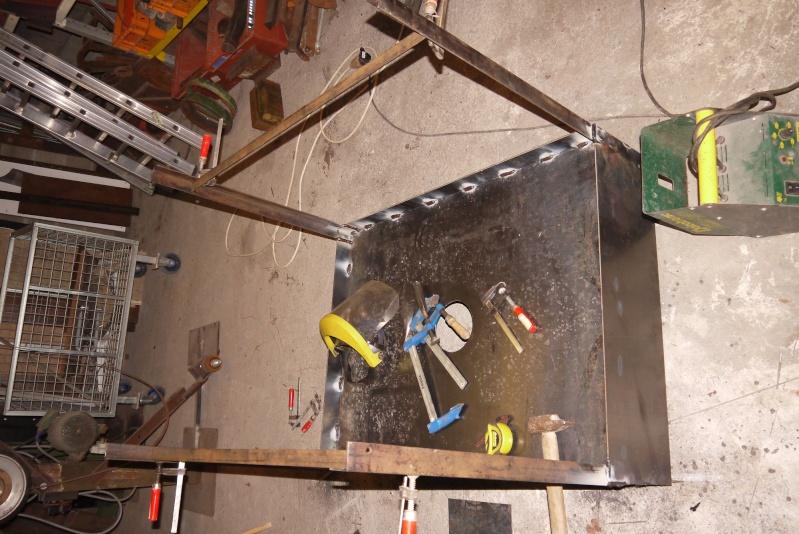 [Construction] Ma forge à charbon P1040520