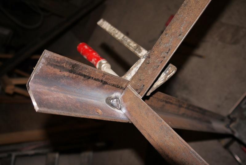 [Construction] Ma forge à charbon P1040521