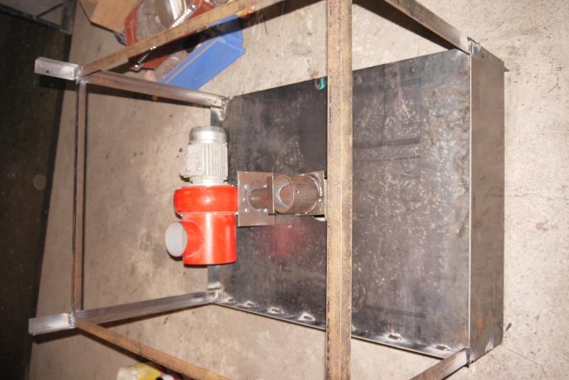 [Construction] Ma forge à charbon P1040523