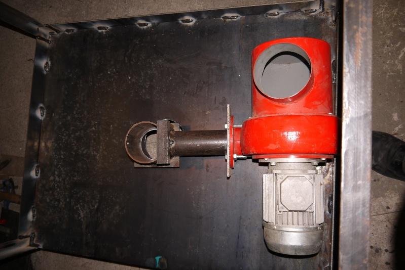[Construction] Ma forge à charbon P1040525