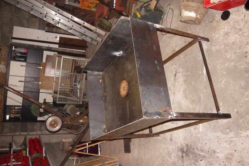 [Construction] Ma forge à charbon P1040527
