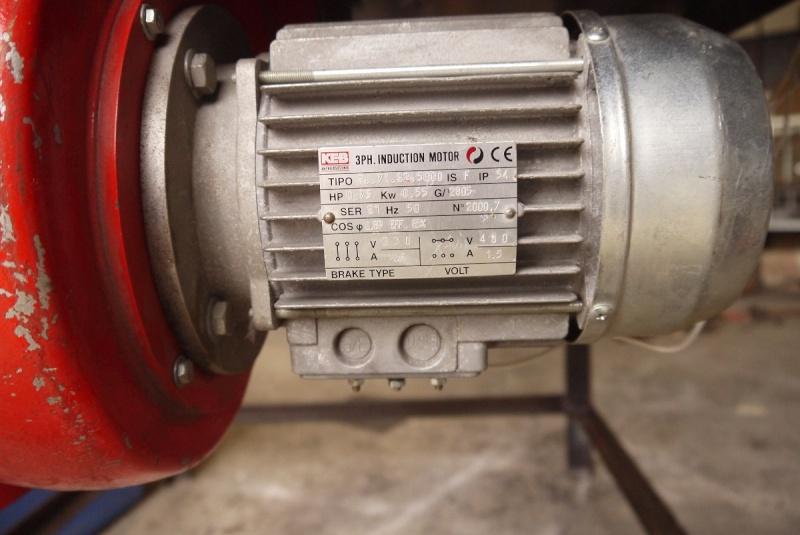 [Construction] Ma forge à charbon - Page 2 P1040548