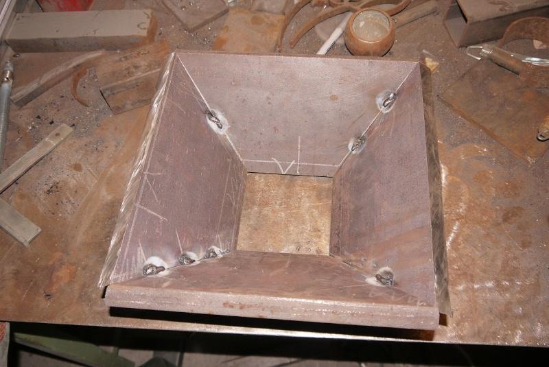 [Construction] Ma forge à charbon - Page 2 P1040614